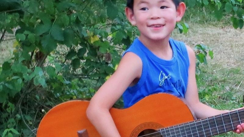 leerling cursus gitaarspelen